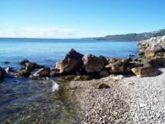 ciao mare, estate triestina, il mare della diga, l'antica diga, golfo di Trieste, non inquinate il mare